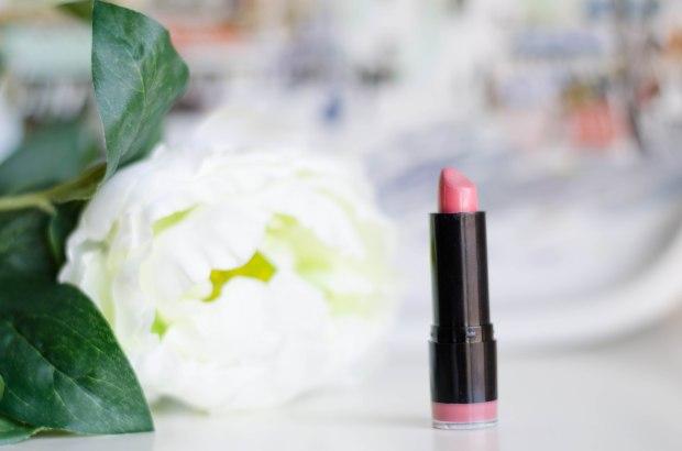 NYX Extra Creamy Lipstick in Tea Rose